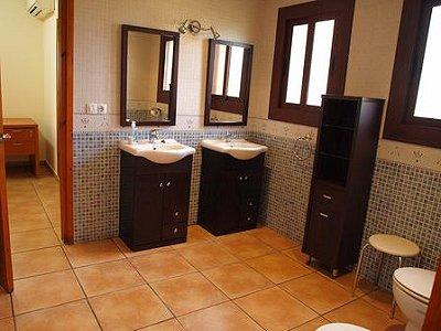 Image 19   5 bedroom villa for sale with 1,146m2 of land, La Montgoda, Girona Costa Brava, Catalonia 163066