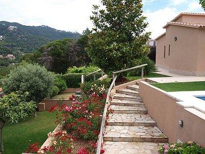 Image 2   5 bedroom villa for sale with 1,146m2 of land, La Montgoda, Girona Costa Brava, Catalonia 163066