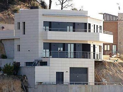 Image 2 | 5 bedroom villa for sale with 1,145m2 of land, Turo de Lloret, Girona Costa Brava, Catalonia 163070
