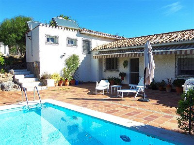 Image 1 | 3 bedroom farmhouse for sale with 1.3 hectares of land, Chullera, Malaga Costa del Sol, Andalucia 163168