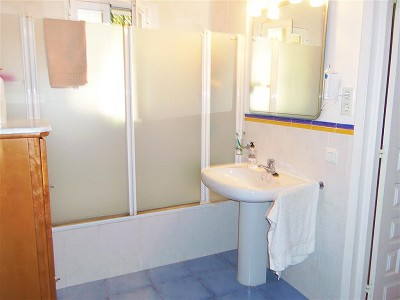 Image 19   3 bedroom farmhouse for sale with 1.3 hectares of land, Chullera, Malaga Costa del Sol, Andalucia 163168