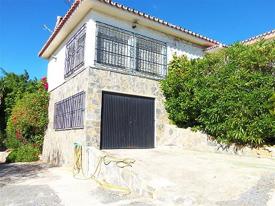 Image 2 | 3 bedroom farmhouse for sale with 1.3 hectares of land, Chullera, Malaga Costa del Sol, Andalucia 163168