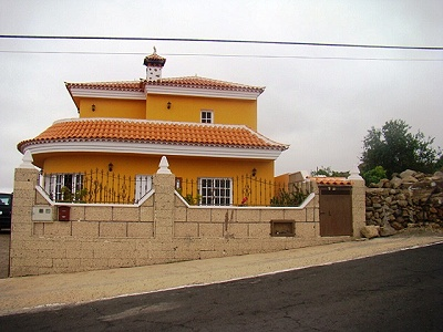 Image 1 | 3 bedroom villa for sale with 1,000m2 of land, La Concepcion, Southern Tenerife, Tenerife 163579