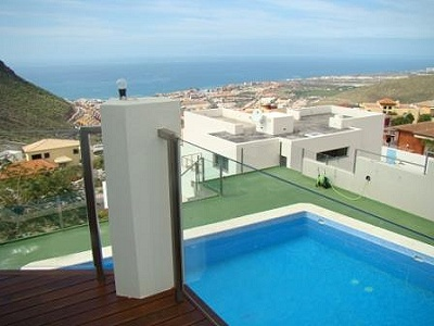 Image 8 | 4 bedroom villa for sale with 750m2 of land, Torviscas Alto, Southern Tenerife, Tenerife 163705