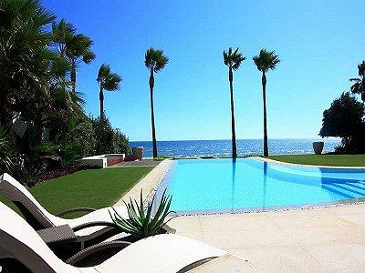 Image 2   5 bedroom villa for sale with 1,579m2 of land, Marbella, Malaga Costa del Sol, Andalucia 164348