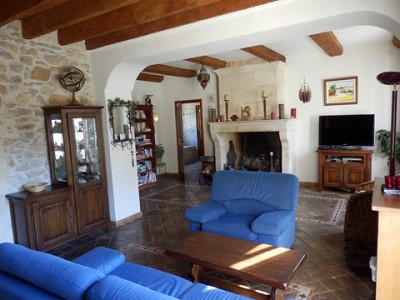 Image 12   4 bedroom farmhouse for sale with 0.71 hectares of land, Alpilles, Vaucluse , Provence 164581