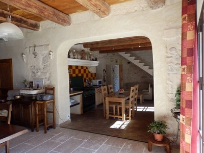 Image 14   4 bedroom farmhouse for sale with 0.71 hectares of land, Alpilles, Vaucluse , Provence 164581
