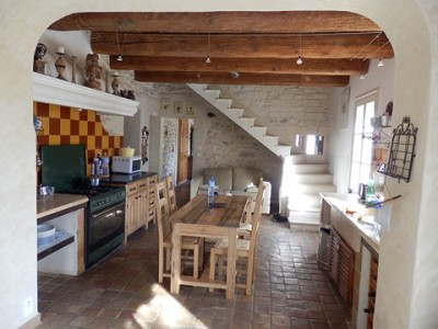 Image 16   4 bedroom farmhouse for sale with 0.71 hectares of land, Alpilles, Vaucluse , Provence 164581