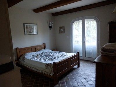 Image 18   4 bedroom farmhouse for sale with 0.71 hectares of land, Alpilles, Vaucluse , Provence 164581
