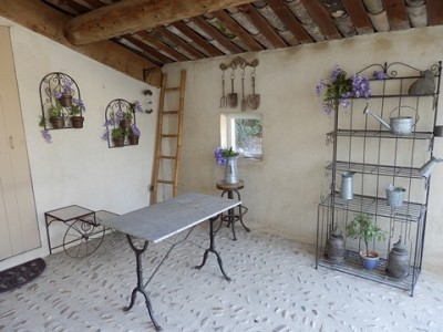 Image 23   4 bedroom farmhouse for sale with 0.71 hectares of land, Alpilles, Vaucluse , Provence 164581