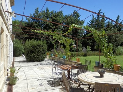 Image 3   4 bedroom farmhouse for sale with 0.71 hectares of land, Alpilles, Vaucluse , Provence 164581