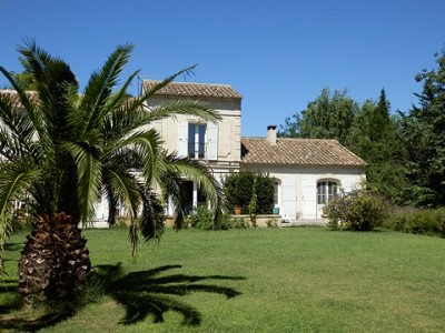 Image 4   4 bedroom farmhouse for sale with 0.71 hectares of land, Alpilles, Vaucluse , Provence 164581