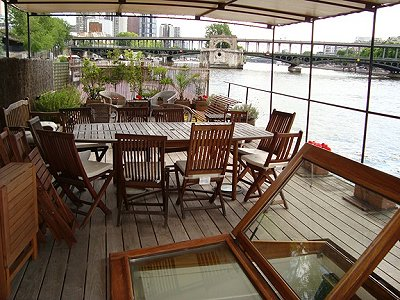 Beautiful Houseboat in the heart of Paris