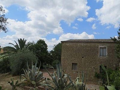 Image 2 | 3 bedroom villa for sale with 3.5 hectares of land, Enna, Sicily 165069