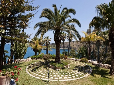 Image 15   8 bedroom villa for sale with 2.5 hectares of land, Augusta, Syracuse, Sicily 165070