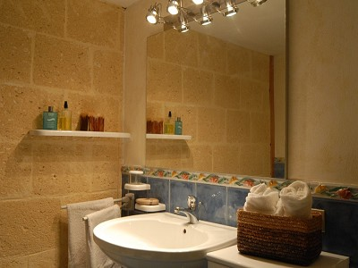 Image 36   8 bedroom villa for sale with 2.5 hectares of land, Augusta, Syracuse, Sicily 165070