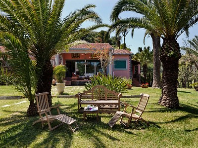Image 8   8 bedroom villa for sale with 2.5 hectares of land, Augusta, Syracuse, Sicily 165070