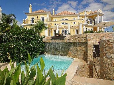Luxurious & Majestic Estate