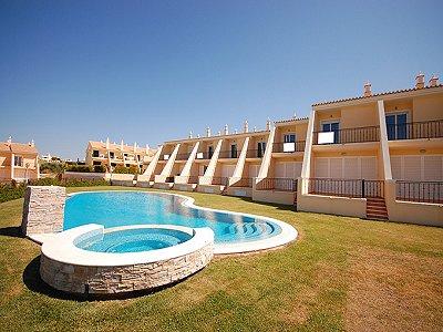2 bedroom townhouse for sale, Sao Rafael, Albufeira, Algarve