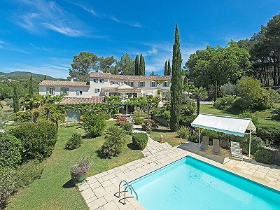9 bedroom farmhouse for sale, Lauris, Vaucluse, Provence