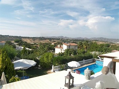 Image 1 | 2 bedroom farmhouse for sale with 0.2 hectares of land, Alhaurin de la Torre, Malaga Costa del Sol, Andalucia 167673