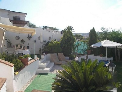 Image 2 | 2 bedroom farmhouse for sale with 0.2 hectares of land, Alhaurin de la Torre, Malaga Costa del Sol, Andalucia 167673