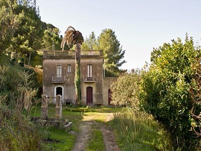 Caltagirone Villa For Sale