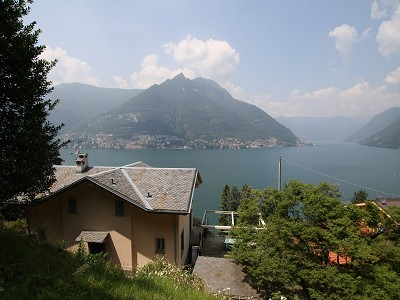 Image 1 | 2 bedroom villa for sale with 0.3 hectares of land, Faggeto Lario, Como, Lake Como 167958