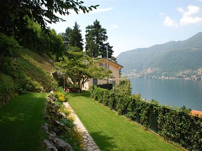 Image 2 | 2 bedroom villa for sale with 0.3 hectares of land, Faggeto Lario, Como, Lake Como 167958