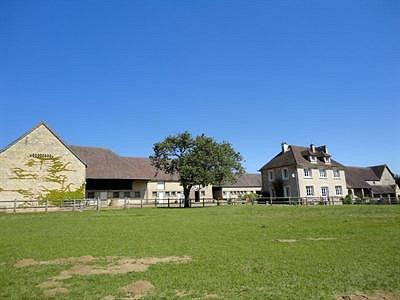 Attractive Equestrian Property in Normandy