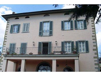 Image 2 | 22 bedroom villa for sale with 1,000m2 of land, San Giustino Valdarno, Arezzo, Tuscany 168387