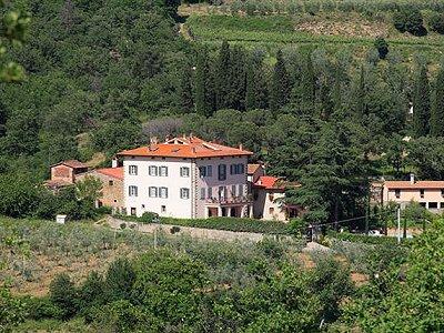 Image 3 | 22 bedroom villa for sale with 1,000m2 of land, San Giustino Valdarno, Arezzo, Tuscany 168387