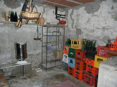 Image 9   3 bedroom farmhouse for sale with 1.2 hectares of land, Magione, Perugia, Umbria 168411