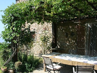 Image 2 | 5 bedroom farmhouse for sale with 32 hectares of land, Montecatini Val di Cecina, Pisa, Tuscany 168487