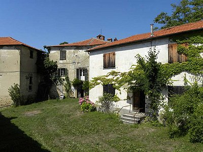 Image 1 | 6 bedroom farmhouse for sale with 82 hectares of land, Langa, Cuneo, Piedmont 168519