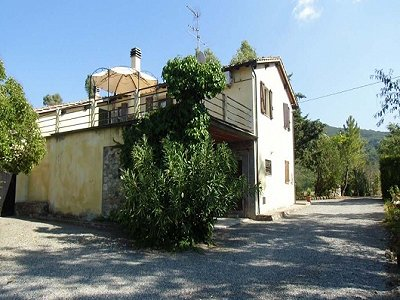 Image 3 | 8 bedroom farmhouse for sale with 0.24 hectares of land, Cecina, Livorno, Tuscany 168529