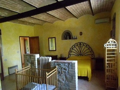 Image 4 | 8 bedroom farmhouse for sale with 0.24 hectares of land, Cecina, Livorno, Tuscany 168529