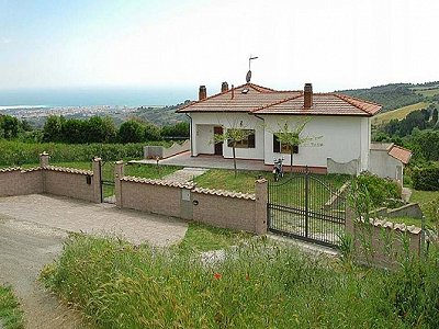 Image 2 | 4 bedroom villa for sale with 1 hectares of land, Rosignano Marittimo, Livorno, Tuscany 169661