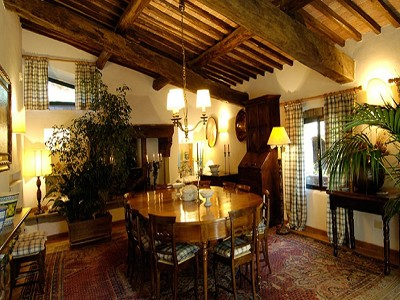 Image 11   6 bedroom farmhouse for sale with 2 hectares of land, Chianti, Siena, Tuscany 170059
