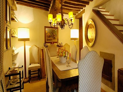 Image 13   6 bedroom farmhouse for sale with 2 hectares of land, Chianti, Siena, Tuscany 170059