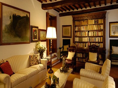 Image 14   6 bedroom farmhouse for sale with 2 hectares of land, Chianti, Siena, Tuscany 170059