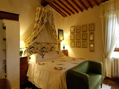 Image 18   6 bedroom farmhouse for sale with 2 hectares of land, Chianti, Siena, Tuscany 170059