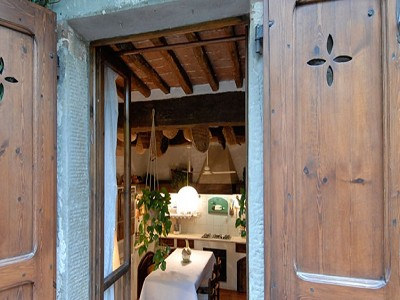 Image 6   6 bedroom farmhouse for sale with 2 hectares of land, Chianti, Siena, Tuscany 170059