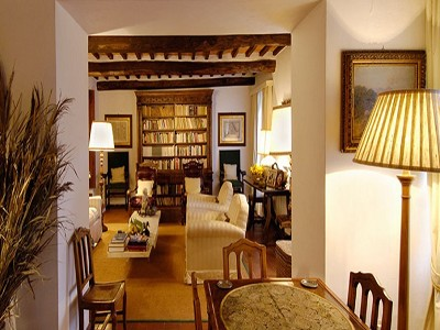 Image 8   6 bedroom farmhouse for sale with 2 hectares of land, Chianti, Siena, Tuscany 170059