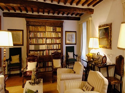 Image 9   6 bedroom farmhouse for sale with 2 hectares of land, Chianti, Siena, Tuscany 170059
