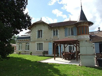 11 bedroom French chateau for sale, Montguyon, Charente-Maritime, Poitou-Charentes