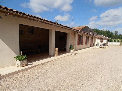 Image 4 | 11 bedroom French chateau for sale with 2.21 hectares of land, Montguyon, Charente-Maritime , Poitou-Charentes 170166