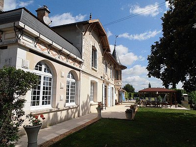 Image 5 | 11 bedroom French chateau for sale with 2.21 hectares of land, Montguyon, Charente-Maritime , Poitou-Charentes 170166