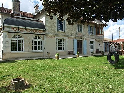 Image 9 | 11 bedroom French chateau for sale with 2.21 hectares of land, Montguyon, Charente-Maritime , Poitou-Charentes 170166