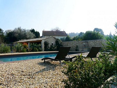 Image 3 | 3 bedroom house for sale with 1,500m2 of land, Saint Remy de Provence, Bouches-du-Rhone , Provence 170261